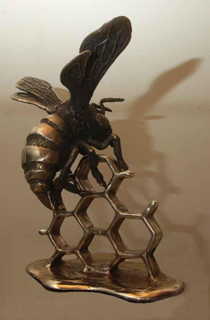 small-bee-web